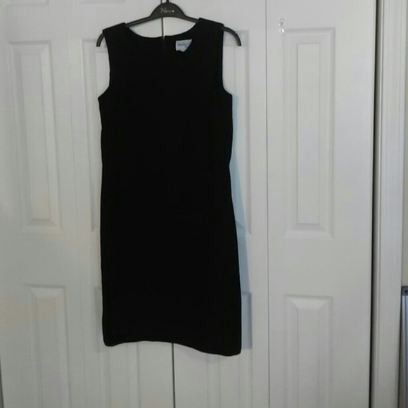Bedford Fair Dresses & Skirts - Black Bedford Fair Lifestyles sheath dress